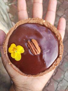 Read more about the article Tartelettes aux noix de pécan et caramel au chocolat au lait ou noir